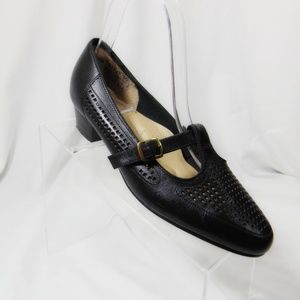 HUSH PUPPIES Vintage 70's Heels Pumps 7.5 W Black